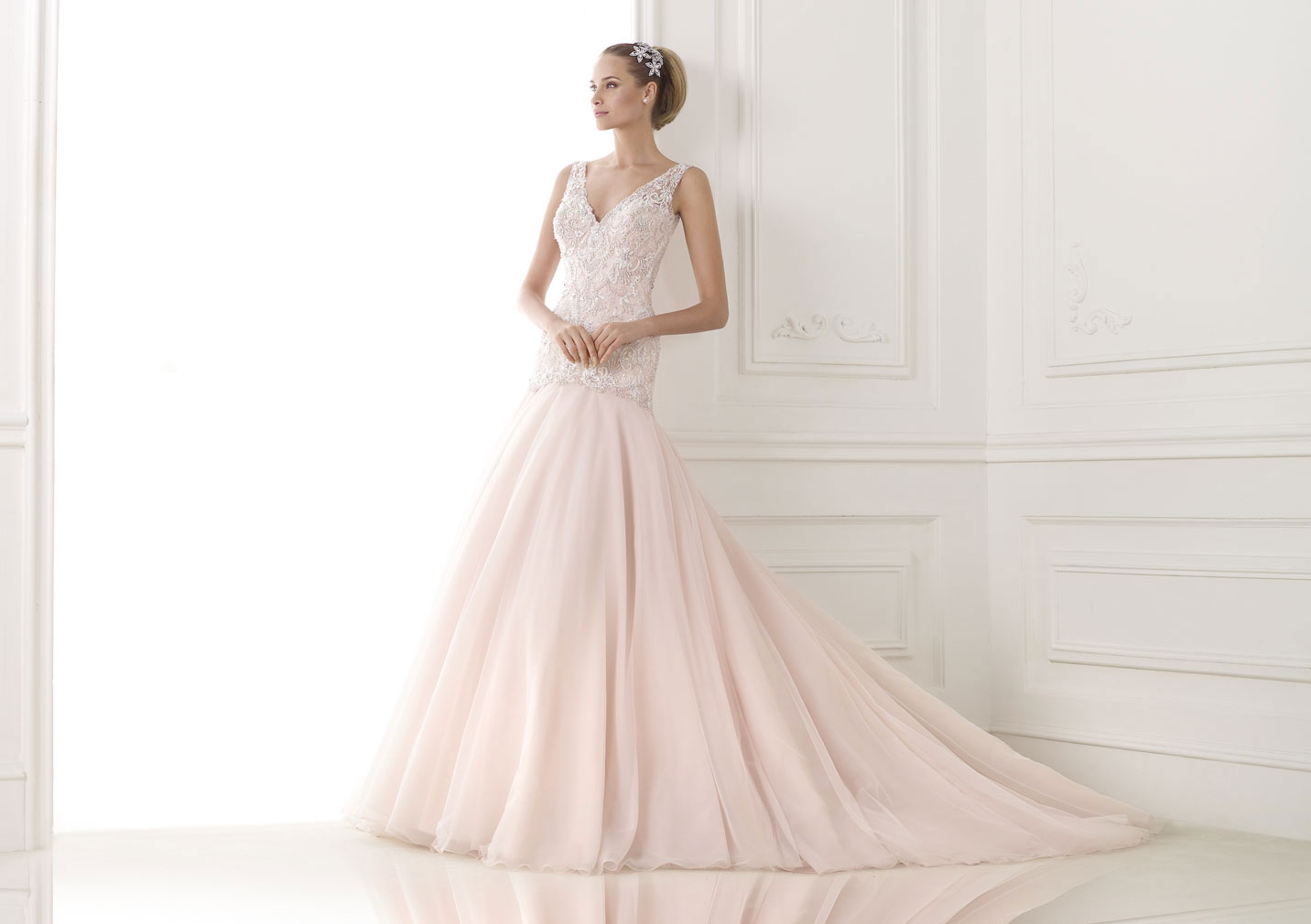 Wedding dresses, Bridesmaids and Mothers gowns,Tuxedos and more