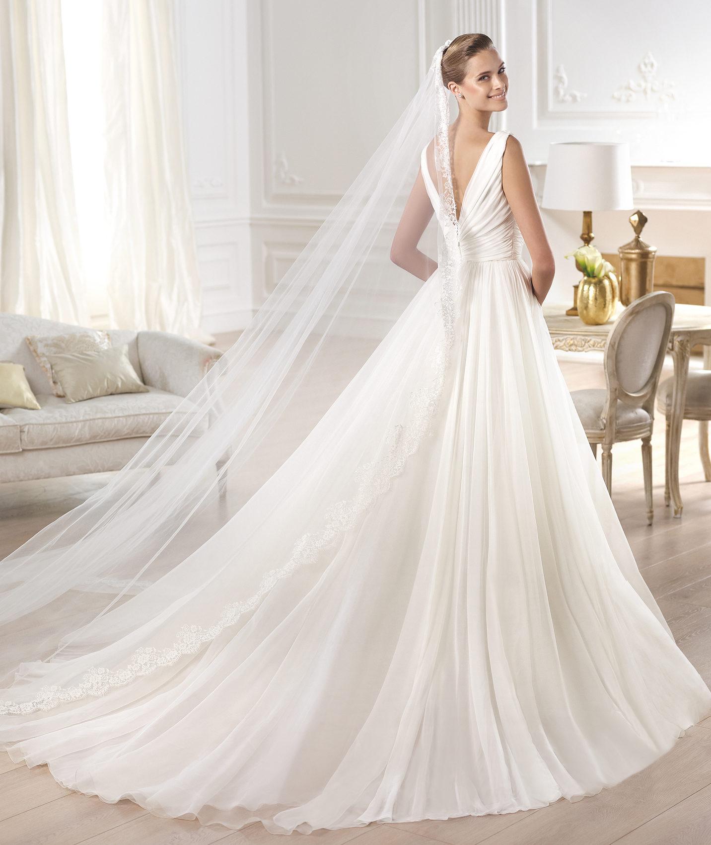 Wedding Gowns Stores: Precious Memories Bridal Shop