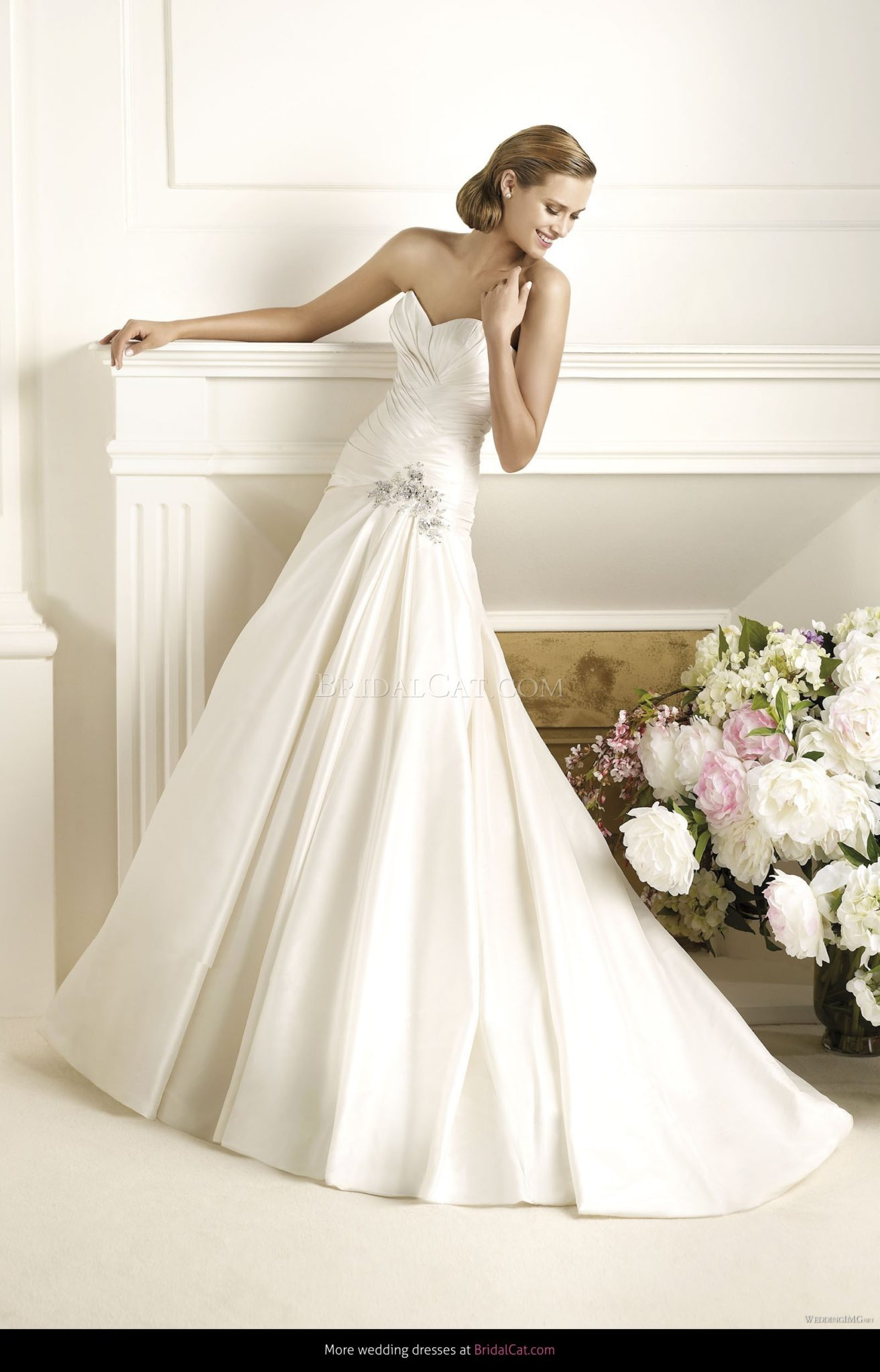 size 16 sale wedding gowns
